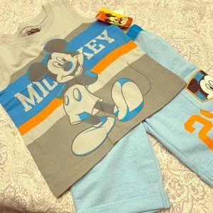 Mickey NWT boys set